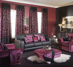 Lounge with matching curtains and soft-furnishings